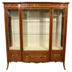 Stunning Quality Mahogany Edwards & Roberts Antique Display/China Cabinet