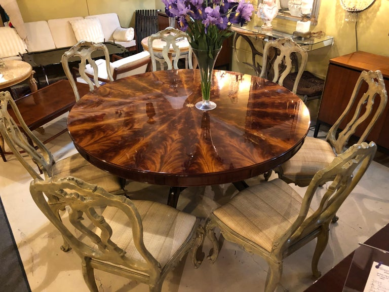 Georgian Style Flame Mahogany Sunburst Inlaid Circular Dining Table Leaves For Sale 2