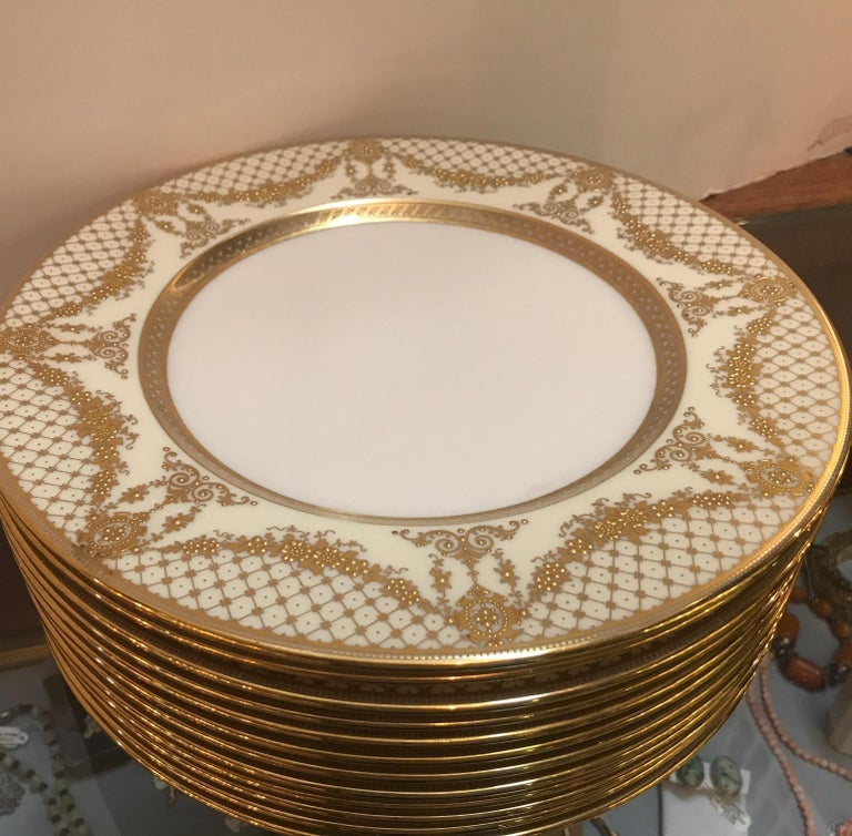 Sumptuous Set of 12 Raised Gilt Border Service Dinner Plates, circa 1910 In Excellent Condition For Sale In Lambertville, NJ