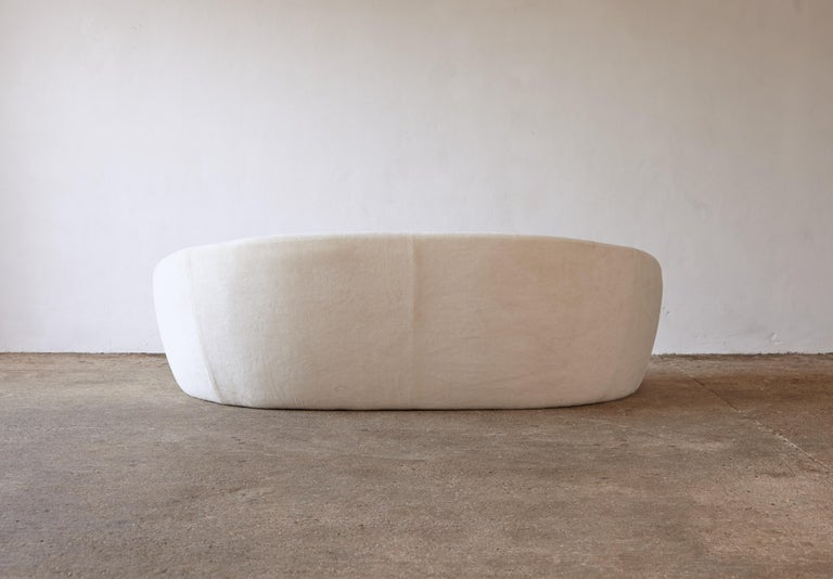 Superb Curved Italian Sofa, Newly Upholstered in Alplaca, Late 1970s-Early 1980s 6