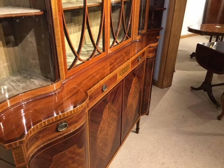 Superb Large Mahogany Edwardian Period Antique Display Cabinet by Maple & Co For Sale 3
