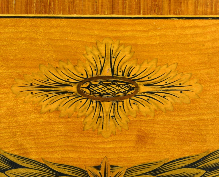Superior English Adam Style Three-Tier Inlaid Tiger Maple Server or Sideboard For Sale 12