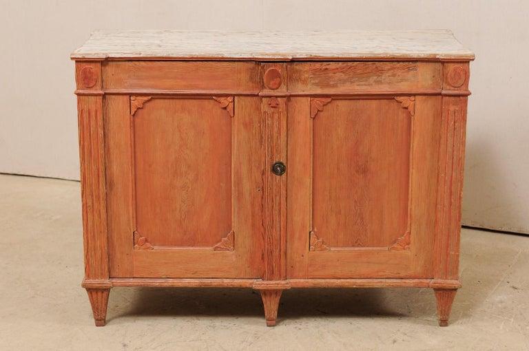 Swedish Gustavian Cabinet with Original Color, Turn of 18th-19th Century In Good Condition For Sale In Atlanta, GA