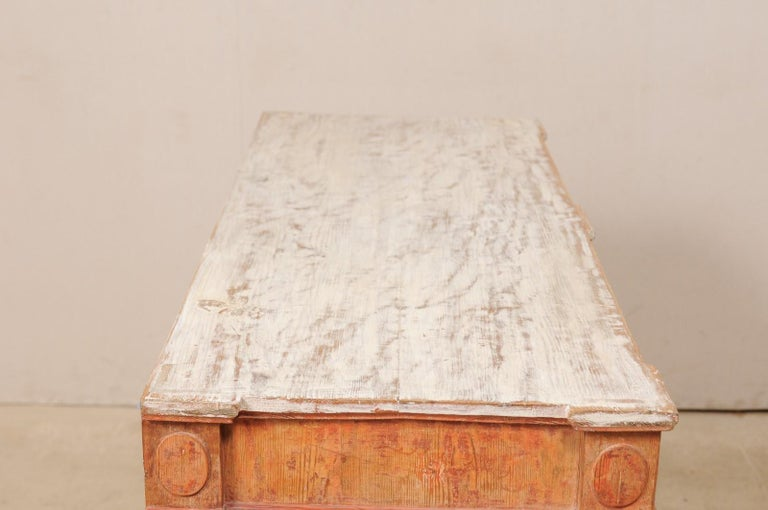 Swedish Gustavian Cabinet with Original Color, Turn of 18th-19th Century For Sale 3