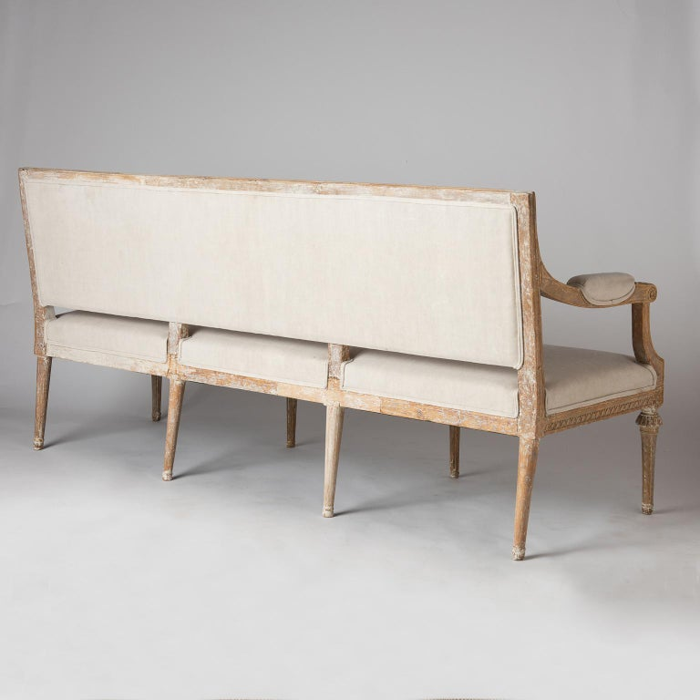 Swedish Gustavian Period Settee in Original Surface, circa 1790 For Sale 5