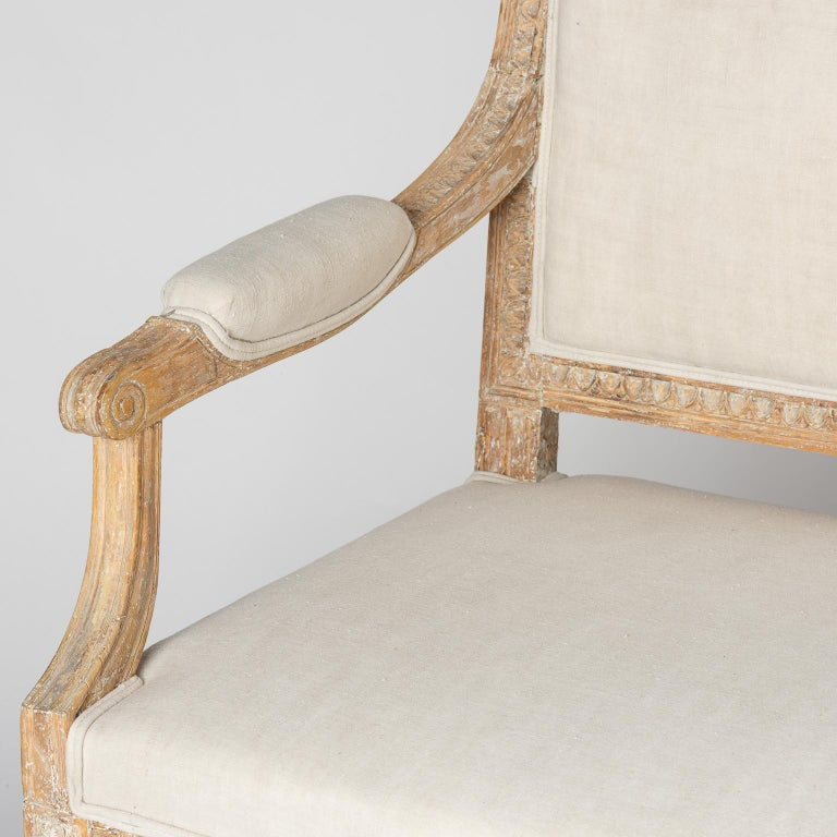 Wood Swedish Gustavian Period Settee in Original Surface, circa 1790 For Sale