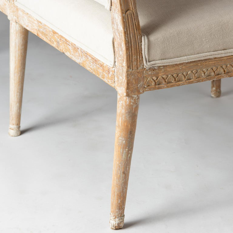 Swedish Gustavian Period Settee in Original Surface, circa 1790 For Sale 3