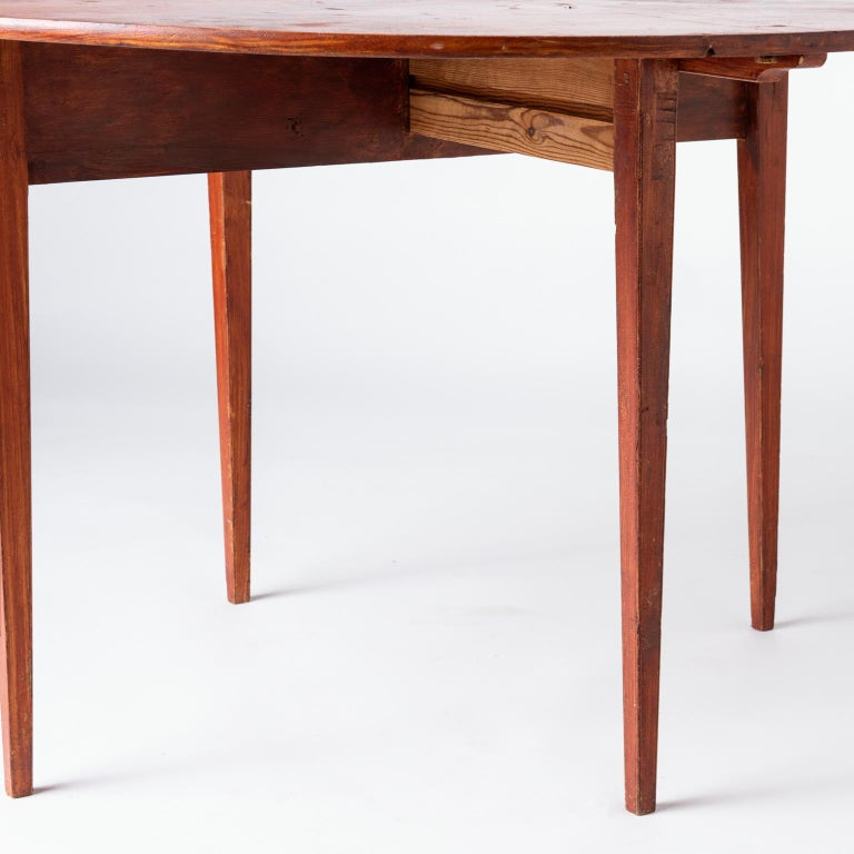 Swedish, Late Gustavian Period, Grain Painted Drop-Leaf Table, circa 1820 For Sale 4