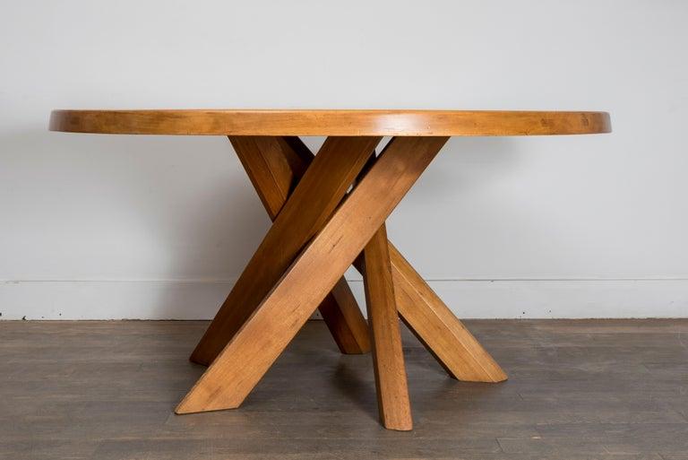 Solid elmwood dining table Measure: 5 feet. T21D model 140 cm (55