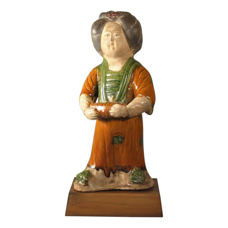 Tang Style Sancai-Glazed Figure of a Court Lady For Sale