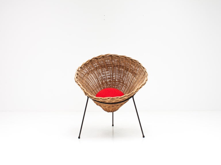 Mid-Century Modern Terence Conran C8 Cone Chair, Conran Furniture, England, 1954 For Sale