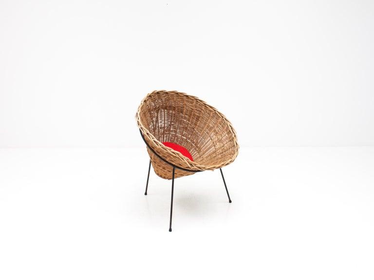 Terence Conran C8 Cone Chair, Conran Furniture, England, 1954 For Sale 2