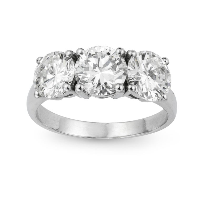 Round Cut Three-Stone Diamond Ring For Sale