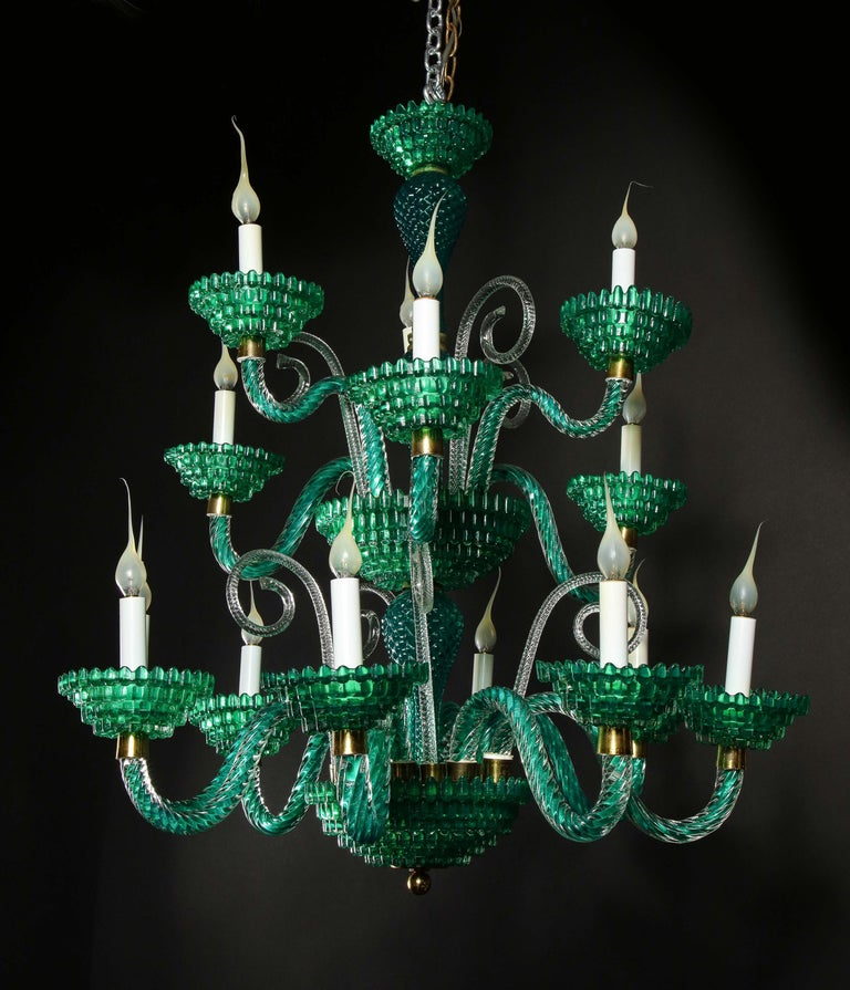 Unique and Large Antique Art Deco Italian Murano Glass Green Chandelier In Good Condition For Sale In New York, NY