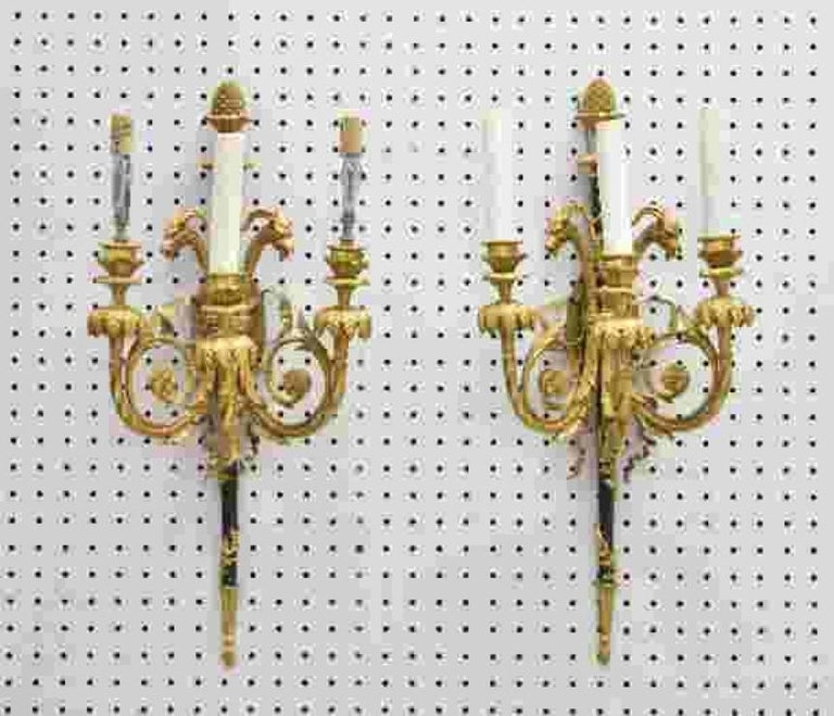 Very Fine Pair of 19th Century French Louis XVI Gilt Bronze Rams Head Sconces For Sale 3