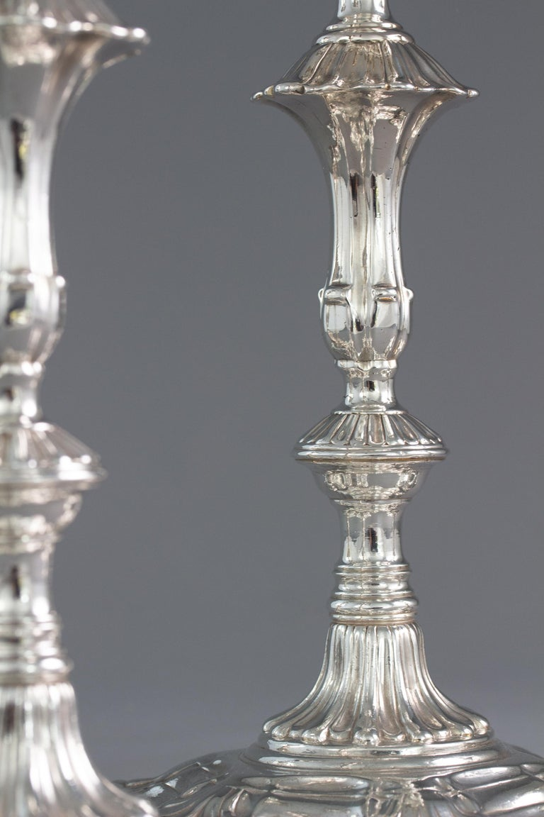 Very Fine Set of Four Georgian Silver Table Candlesticks, London, 1753 For Sale 1