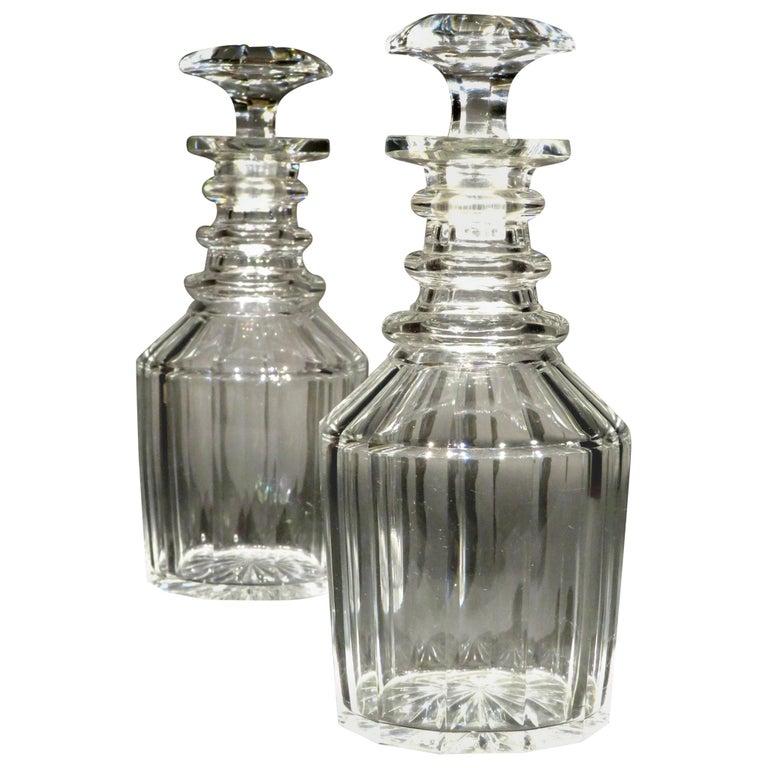 A Very Good Pair of Georgian Anglo-Irish Glass Spirit Decanters, UK Circa 1820 For Sale
