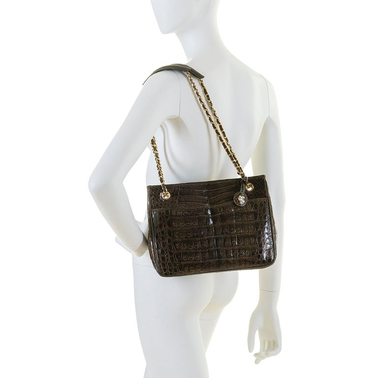 Women's A Very Rare Chanel Chocolate Brown Alligator Shoulder Bag by Karl Lagerfeld For Sale