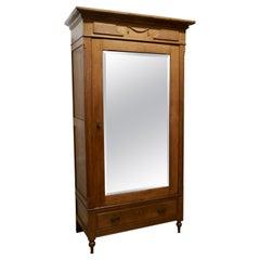Victorian Arts & Crafts Golden Oak Mirrored Wardrobe