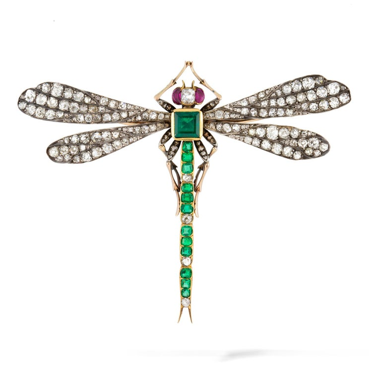 Late Victorian Victorian Emerald, Diamond and Ruby Dragonfly Brooch For Sale
