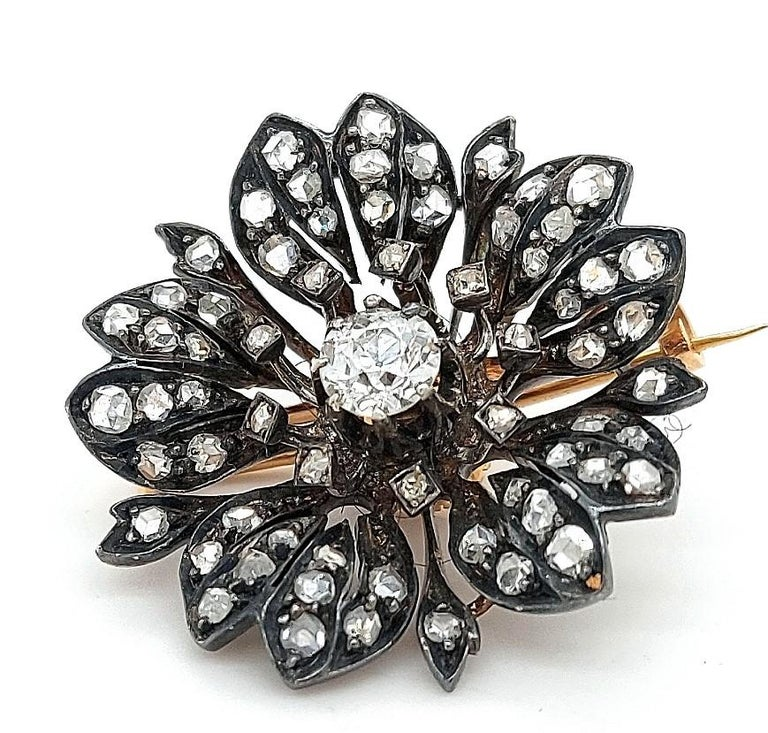 Victorian Silver on Gold Diamond Flower Brooch or Pendant, circa 1860 For Sale 12