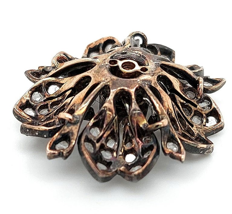 Victorian Silver on Gold Diamond Flower Brooch or Pendant, circa 1860 For Sale 4