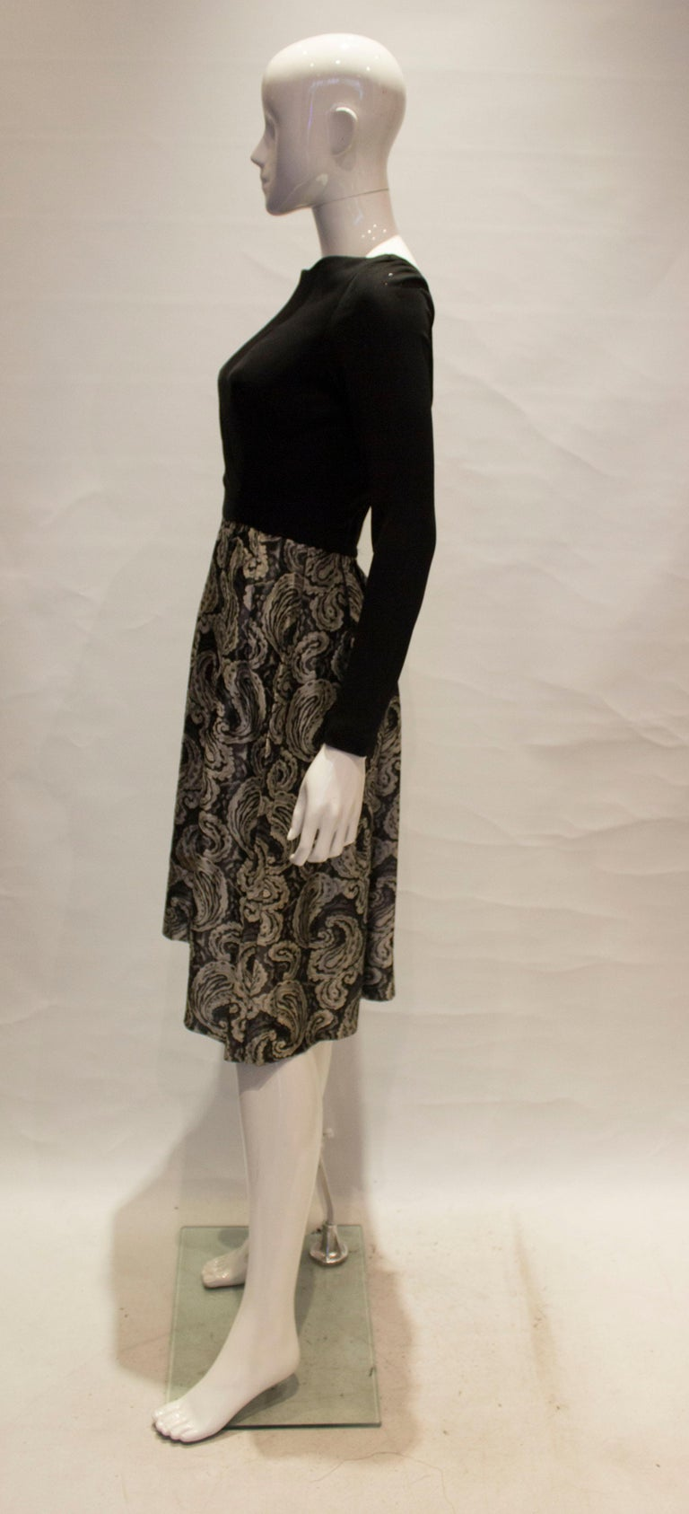 Women's A vintage 1950s silver and black brocade party low back paisley dress small