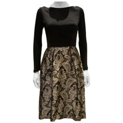 A vintage 1950s silver and black brocade party low back paisley dress small