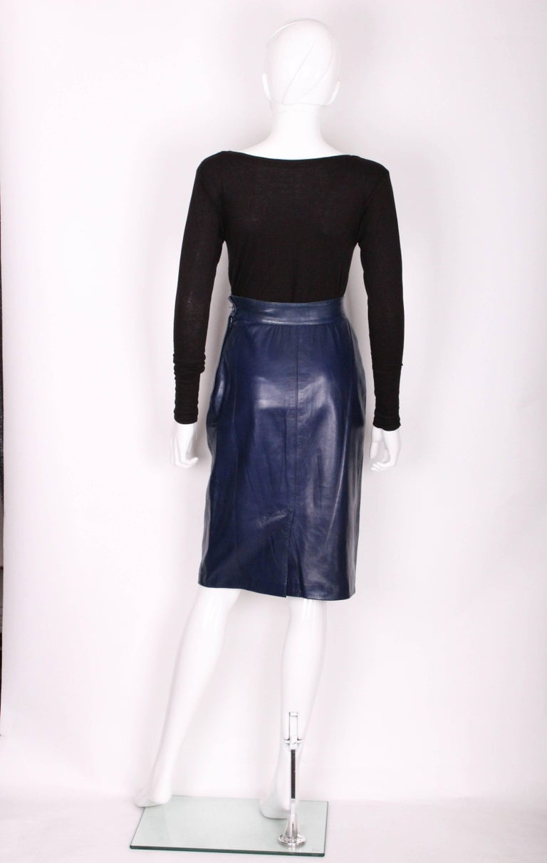 A vintage 1980s Blue Leather Skirt by Yves Saint Laurent Rive Gauche For Sale 1