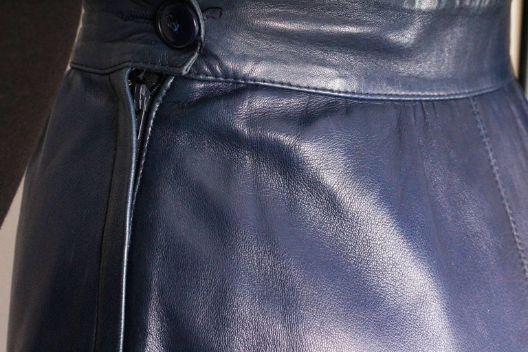 A vintage 1980s Blue Leather Skirt by Yves Saint Laurent Rive Gauche For Sale 2