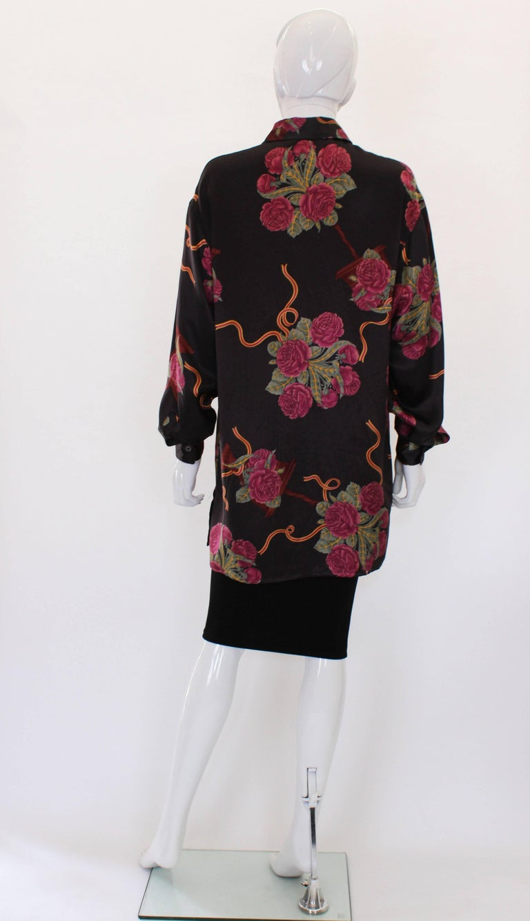 Women's A vintage 1980s Silk floral printed Overshirt by Salvatore Ferragamo For Sale