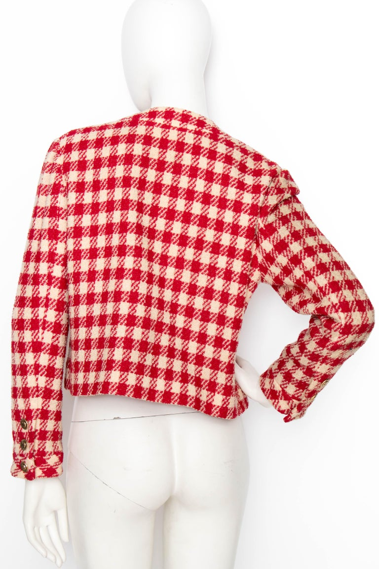 Women's or Men's A Vintage Chanel Red and White Cropped Boucle Jacket  For Sale
