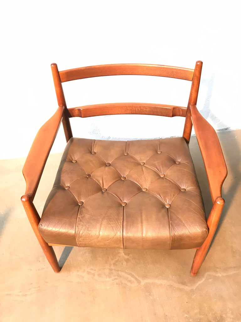 Vintage Pair of Ingemar Thillmark Lounge Chairs in Leather and Beech Wood For Sale 7