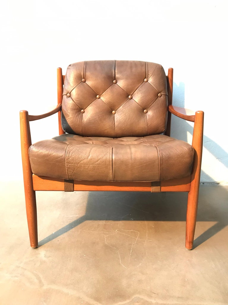 Vintage Pair of Ingemar Thillmark Lounge Chairs in Leather and Beech Wood For Sale 1