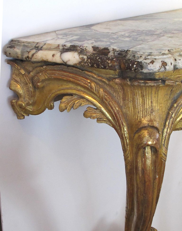 Well-Carved Italian Rococo Giltwood Wall Console with Calcutta Viola Marble Top For Sale 1