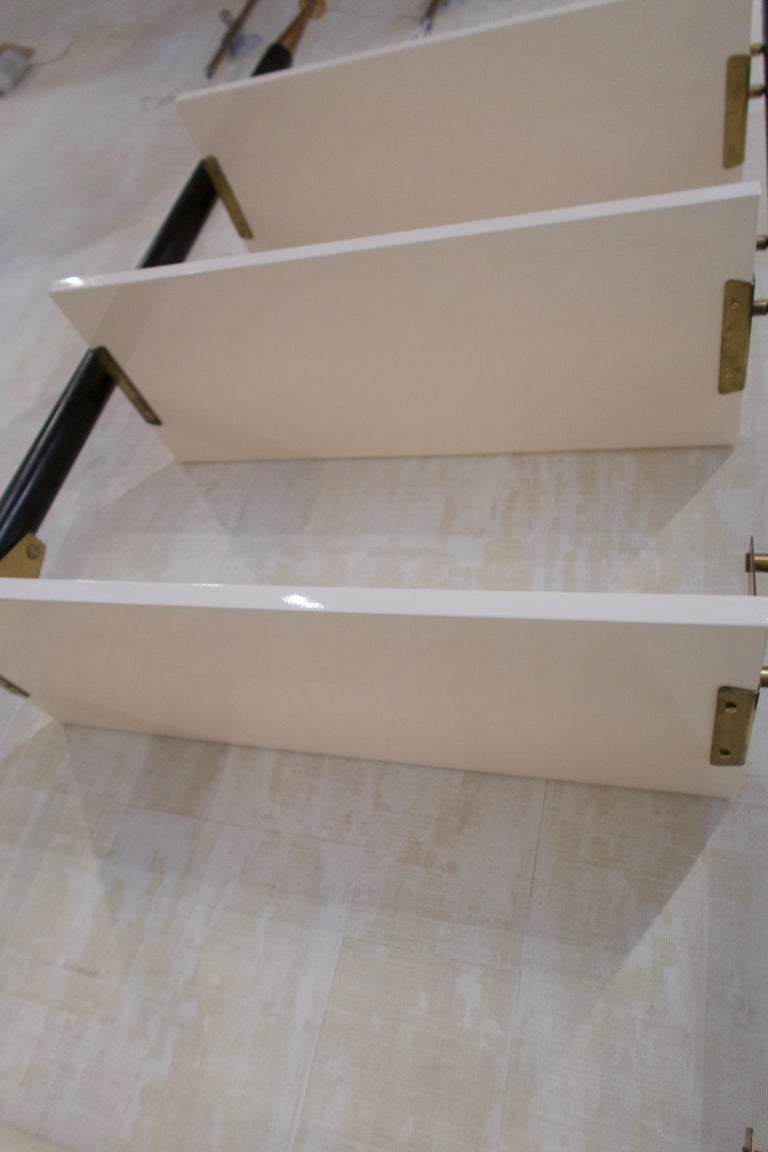 White Lacquered Wood, Brass and Metal Midcentury Shelve, Italy, 1950 For Sale 3