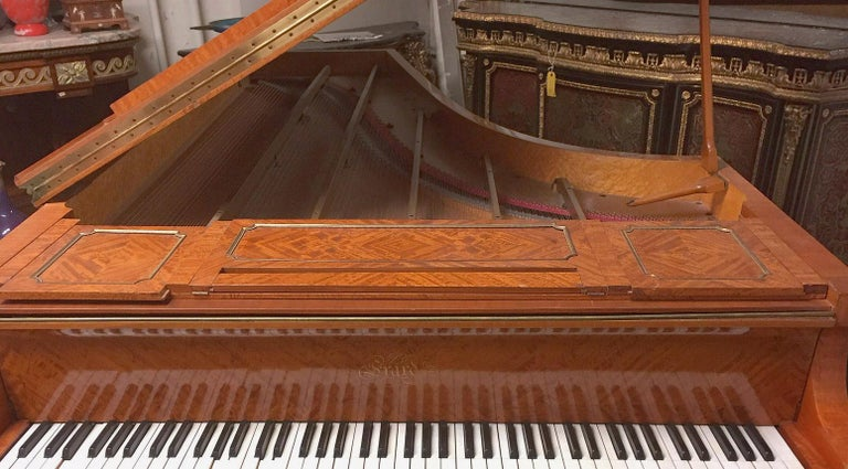 Wonderful Turn of the Century Gilt Bronze Mounted Six-Leg Grand Erard Piano For Sale 1