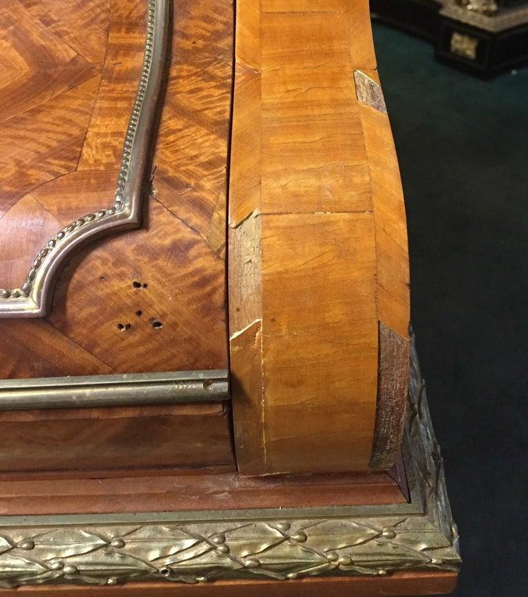 Wonderful Turn of the Century Gilt Bronze Mounted Six-Leg Grand Erard Piano For Sale 3