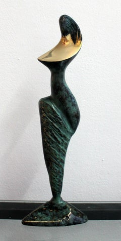 Dame - XXI Century, Contemporary Bronze Sculpture, Figurative, Nude, Abstract