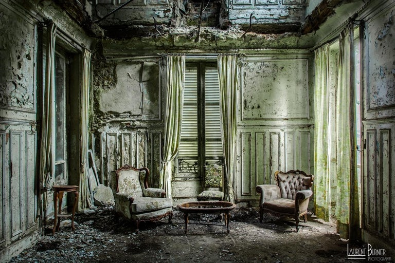 Laurent Burnier Color Photograph - Urbex series - XXI century, Coloured photography, Limited edition, Interiors