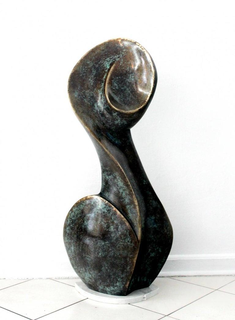 Stanisław Wysocki Figurative Sculpture - A muse - Contemporary Bronze Sculpture, Abstract, Figurative, Nude