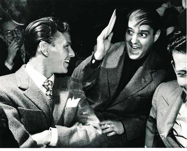 Frank Sinatra with Zero Mostel, 1943