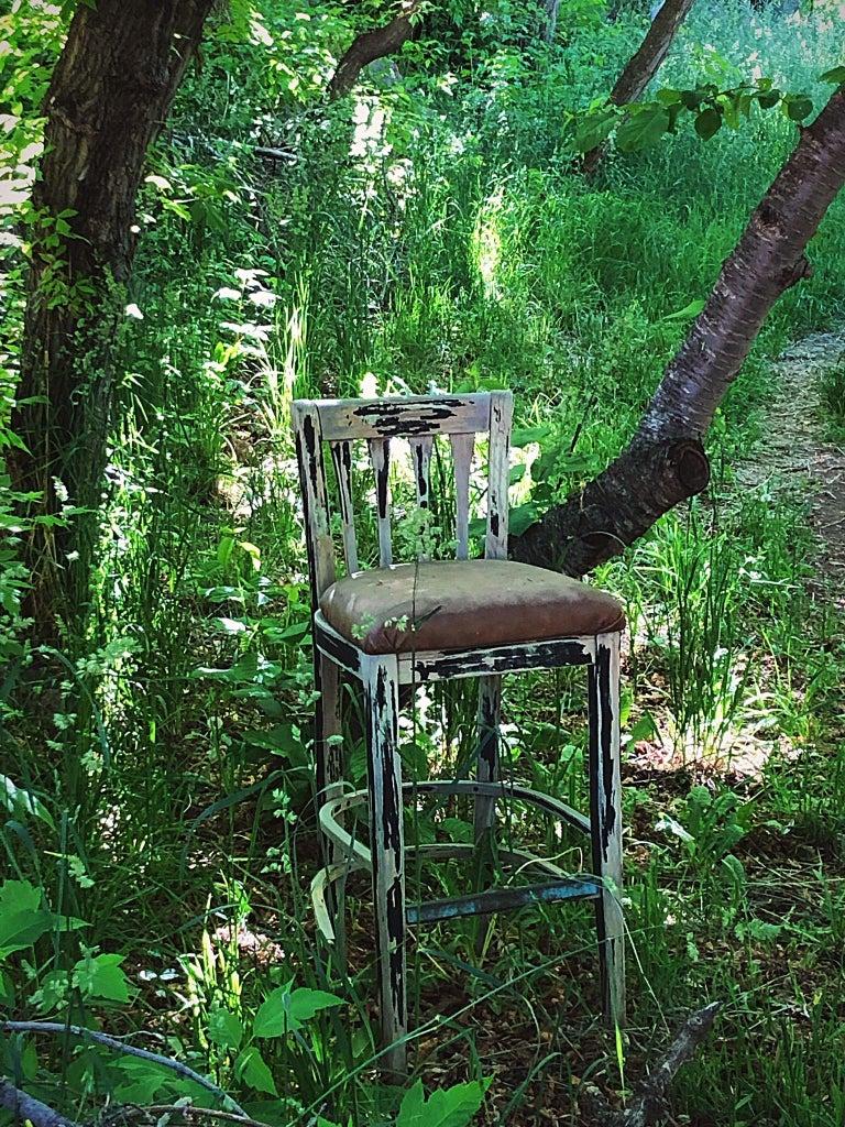 Angela Kent Color Photograph - Empty Chair, Santa Fe, NM, 2018