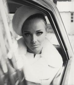 """Un Jour à Paris"", Karin Mossberg, Mantel von Nina Ricci, Paris 1966"