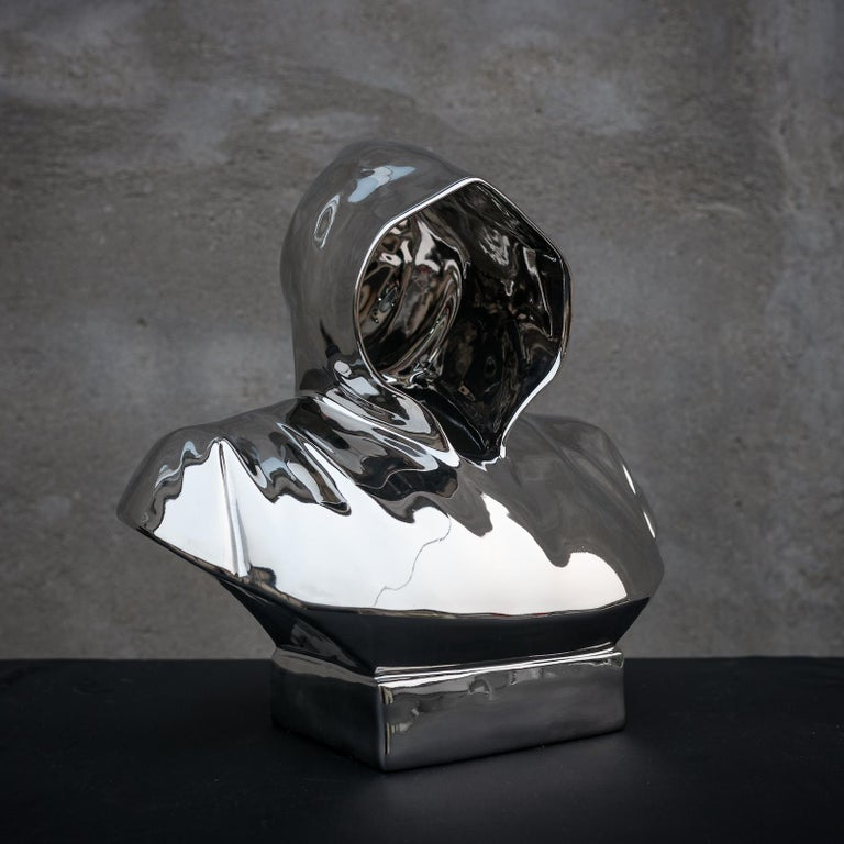 Leader 2 Limited edition 2/8 bronze sculpture by Huang Yulong For Sale 4