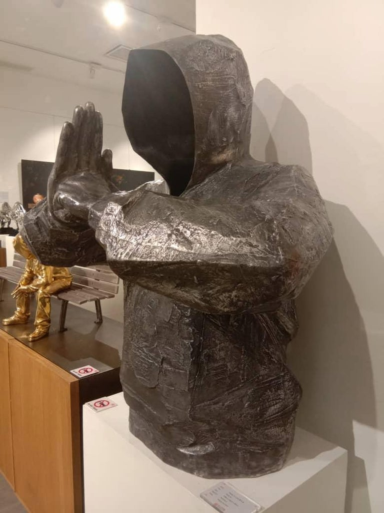 The Party Bronze sculpture Edition of 8 by Huang Yulong For Sale 3