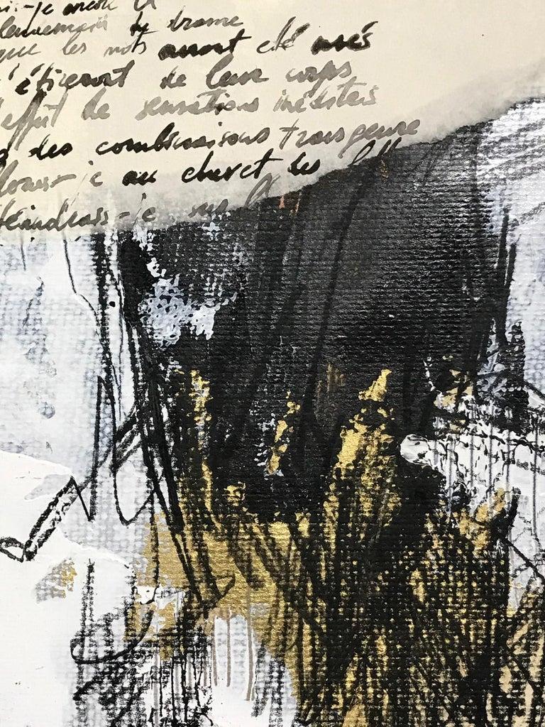 Née en 1978 en Moldova, Doïna Vieru, a toujours préféré pas/pas/passionnément l'image à la parole et tout cela malgré des crises de bartlébysme. Entre « I would prefer not to », crayons, papiers, pvc ou métal et d'autres instruments pointus, le jeu