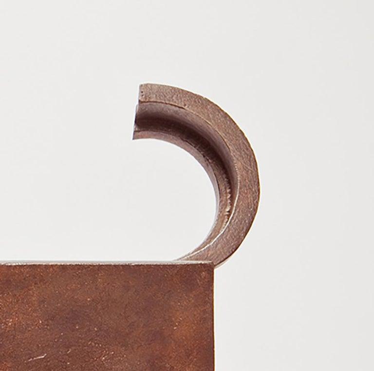 Gato De Bronce - 21st Century, Contemporary Sculpture, Figurative, Bronze, Cat For Sale 2