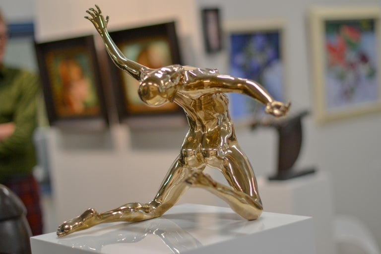 Andries Velting is a new artist at Gallerie Bonnard. His moving sculptures of dancers are a special addition tot our existing collection.  Velting says: