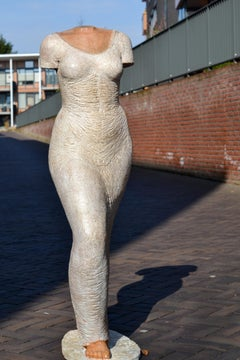 Avanti - Eva Steiner Sculpture Terracotta, 21st Century Contemporary Sculpture